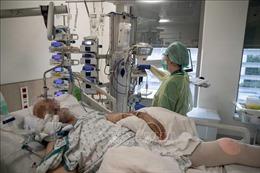 Bỉ lo ngại đợt dịch lần 3 bùng phát tại châu Âu do biến chủng SARS-Cov-2 mới
