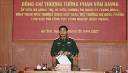 Thượng tướng Phan Văn Giang làm việc với hai Tổng cục