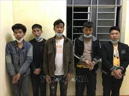 Bắt giữ 5 người Trung Quốc nhập cảnh trái phép tại Long An