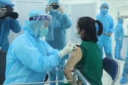 Sáng 8/3, Việt Nam triển khai những mũi tiêm vaccine ngừa COVID-19 đầu tiên