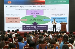 Lãnh đạo tỉnh Cà Mau gặp mặt, lắng nghe công chức, viên chức trẻ