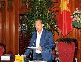 Phó Thủ tướng Thường trực Chính phủ Trương Hoà Bình thăm, tặng quà cho Trung tâm nuôi dạy trẻ khuyết tật Võ Hồng Sơn
