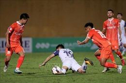 Hà Nội thất thủ 0-1 trước Bình Định ngay tại sân Hàng Đẫy