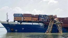 Xác định nguyên nhân tàu container đâm gãy cẩu tháp thi công cầu Phước Khánh