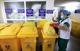 Giám sát thu gom chất thải ở khu cách ly, bệnh viện dã chiến