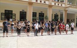 Bắt quả tang 33 thanh niên hát karaoke trong mùa dịch ở Bắc Ninh