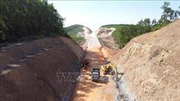 Đẩy nhanh tiến độ dự án cao tốc Cam Lộ - La Sơn đoạn qua Quảng Trị