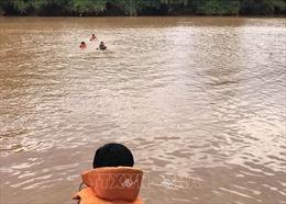 Trượt chân ngã xuống hồ, hai trẻ em bị đuối nước thương tâm