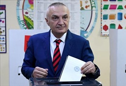 Quốc hội Albania bỏ phiếu bãi nhiệm Tổng thống