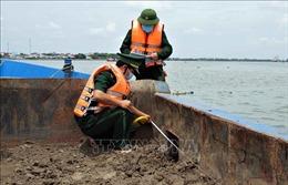 Phát hiện vụ vận chuyển trái phép gần 1.000 m3 cát trên sông Soài Rạp