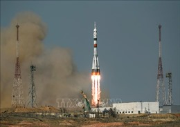 Nga phóng thành công chùm vệ tinh viễn thông của Anh lên quỹ đạo Trái Đất