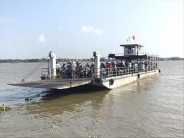 Từ 0 giờ ngày 4/7, Cần Thơ tạm dừng nhiều bến đò trên sông Hậu