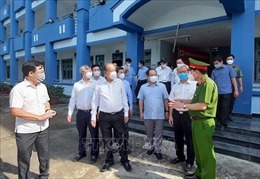 Phó Thủ tướng Trương Hòa Bình kiểm tra phòng, chống dịch COVID-19 tại Đồng Nai