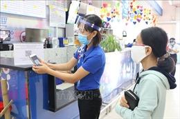 Khai báo y tế điện tử, quét mã QR và kiểm soát chặt chẽ nguồn lây