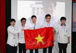 Học sinh Trường THPT chuyên Hà Nội - Amsterdam giành HCV Olympic Toán học quốc tế 2021