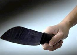 Kinh hoàng đối tượng nghi ngáo đá vác dao bầu chém cả xóm