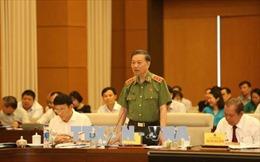 Bộ trưởng Tô Lâm trả lời về cấp biển xanh cho doanh nghiệp và tình trạng xâm hại trẻ em