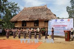 Phục dựng nhà cộng đồng truyền thống cho đồng bào Cơ Tu