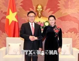 Chủ tịch Quốc hội tiếp Tổng Lãnh sự danh dự Việt Nam tại khu vực Busan - Kyeongnam