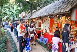 Khách quốc tế đến Hà Nội dịp Tết Kỷ Hợi tăng gần 18%
