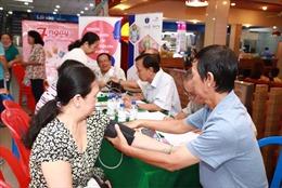Ra mắt điểm đo huyết áp và tư vấn bệnh tăng huyết áp tại siêu thị Co.opmart
