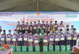 Grab và Quỹ Bảo trợ trẻ em Việt Nam khánh thành công trình cầu kênh Phụng Thớt