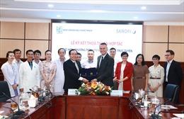 Bệnh viện Đại học Y Dược TPHCM và Sanofi Việt Nam ký kết tư vấn sức khỏe trực tuyến