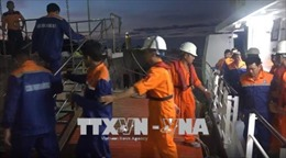 Hai tàu SAR cứu nạn kịp thời tàu chở gạch suýt lật úp trên biển