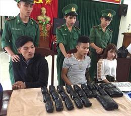 Biểu dương lực lượng triệt phá đường dây ma túy từ Lào