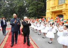 Tổng thống Ấn Độ: Tình cảm thân ái của người dân Việt Nam đã thực sự chạm đến trái tim tôi