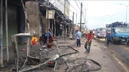 Vụ cháy xe bồn làm 6 người tử vong: Nhiều gia đình không còn một chiếc áo để mặc