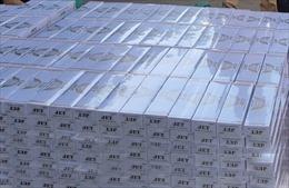 Kiểm tra xe container, phát hiện hơn 41.000 gói thuốc lá nhập lậu