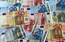 Châu Âu trao đổi thương mại không sử dụng đồng USD với Iran