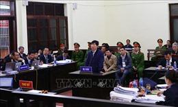 Phiên tòa xét xử vụ bác sỹ Hoàng Công Lương bước sang phần xét hỏi