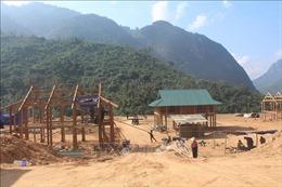 Dốc toàn lực dựng nhà cho người dân vùng lũ Mường Lát đón Tết