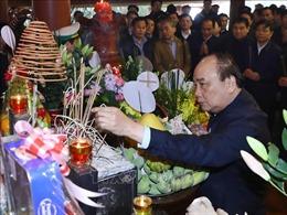 Thủ tướng Nguyễn Xuân Phúc và lãnh đạo Đảng, Nhà nước dâng hương tưởng nhớ Bác Hồ