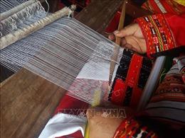 Giữ gìn và phát triển nghề dệt thổ cẩm ở Tuyên Quang