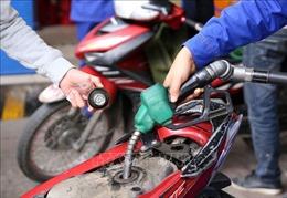 Xử phạt cơ sở kinh doanh xăng dầu có dấu hiệu 'găm hàng' chờ tăng giá
