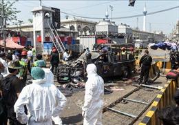 Gia tăng thương vong trong vụ nổ tại đền thờ Hồi giáo nổi tiếng của Pakistan