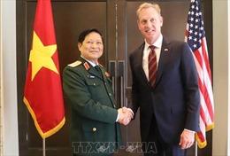 Bộ trưởng Ngô Xuân Lịch gặp song phương bên lề Đối thoại Shangri-La