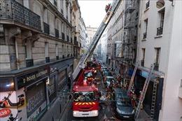 Cháy tòa nhà ở trung tâm Paris làm 3 người thiệt mạng