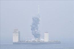 Trung Quốc lần đầu tiên phóng thử tên lửa Trường Chinh từ tàu biển