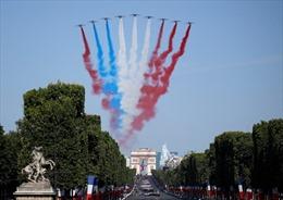 Diễu binh rầm rộ mừng Quốc khánh Pháp lần thứ 230