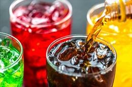 Nguy cơ gây ung thư cao hơn từ soda và nước hoa quả