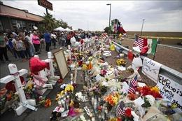 Tưởng niệm các nạn nhân vụ xả súng đẫm máu tại Texas