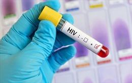 Mang nhầm 'án' HIV gần 10 năm mà không hay biết