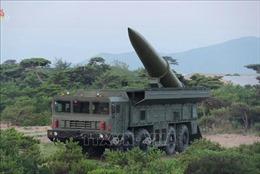 Hàn Quốc: Triều Tiên phóng tên lửa đạn đạo tầm ngắn bay 220 km