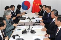 Ngoại trưởng Hàn - Trung hội đàm bên lề hội nghị ASEAN