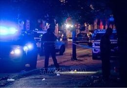 Xả súng vào đám đông tham gia bữa tiệc đường phố tại Chicago