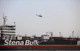 Iran phóng thích tàu chở dầu treo cờ Anh